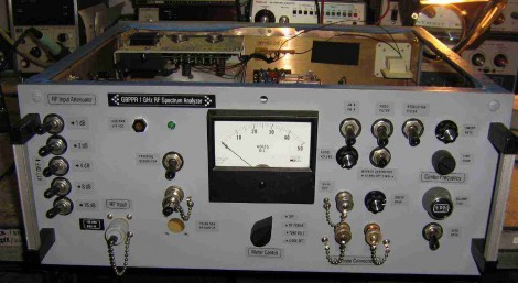 Building A Better Spectrum Analyzer For Radio Enthusiasts