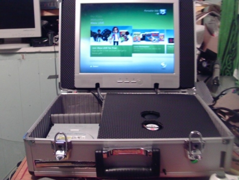 Xbox 360 Briefcase Is Ready To Go Wherever You Do | Hackaday