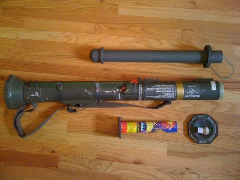 bazooka_fireworks_mortar_launche