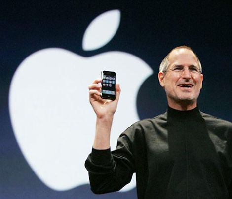 steve_jobs_steps_down_as_ceo_world_panics