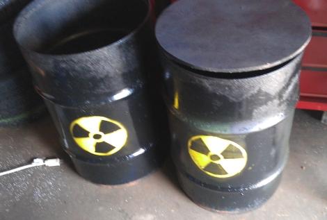 radioactive_barrel_display