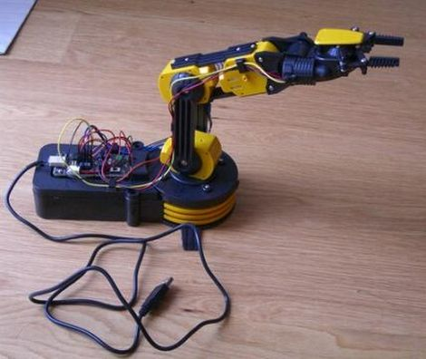 Creating A Voice Controlled Robotic Arm | Hackaday