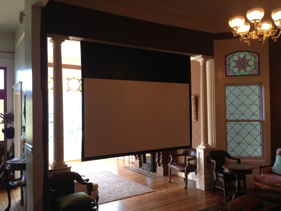 projector-screen-in-a-victorian-home