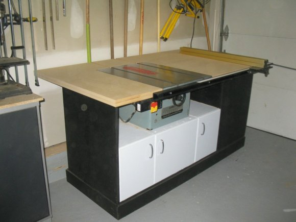 rusty-old-table-saw-turned-pro-workstation