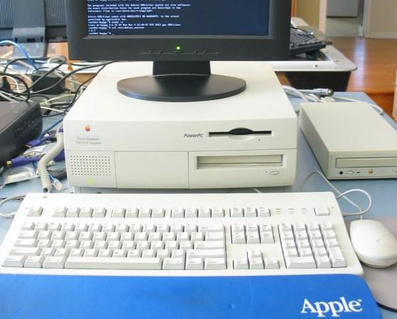 Debian Linux On A PowerMac 7200 | Hackaday