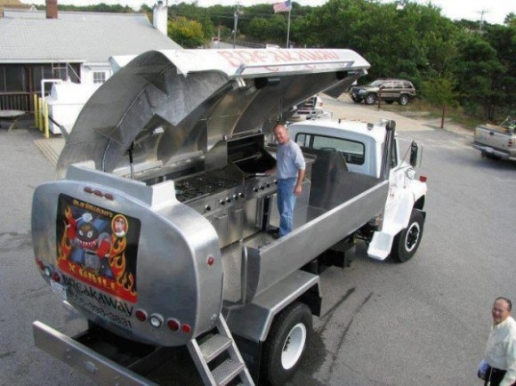 Oil-truck-transforms-into-mobile-grill