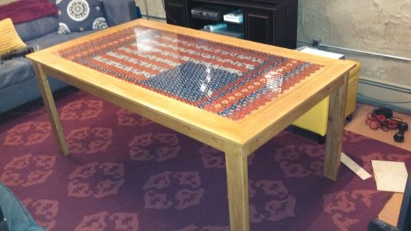 scratch-build-bottlecap-coffe-table