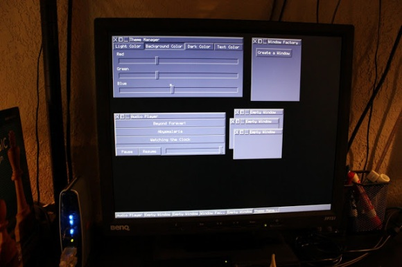 avr-window-manager-gui