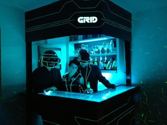 tron-bar-daft-punk
