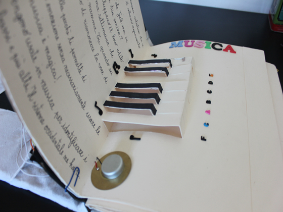 pop-up-book-has-playable-piano