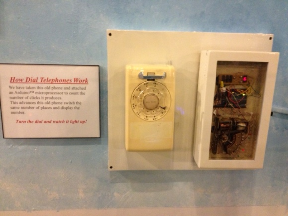 dial-telephone-museum-exhibit