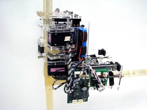 truss reconfiguring robot