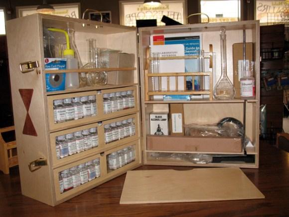 heirloom chemistry  set