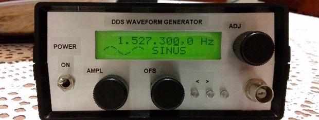 Adorable Homebrew Waveform Generator | Hackaday