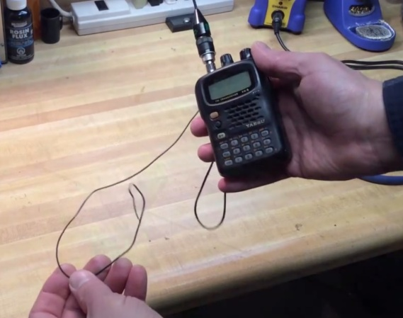 Improve Your HT Ham Radio By Adding A Counterpoise Antenna