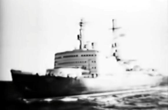 retrotechtacular-lenin-nuclear-icebreaker
