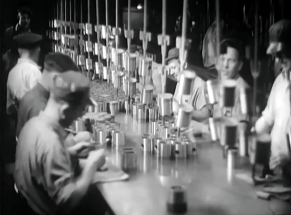 retrotechtacular-manufacturing-chevrolet