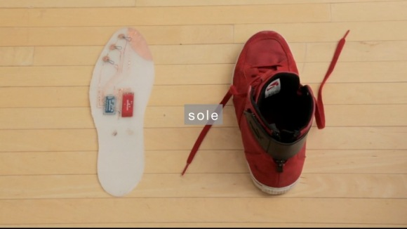 Super shoe insole with a red sneaker