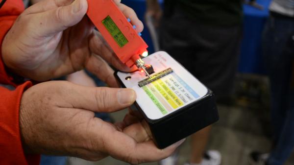 TIQ probe and test box