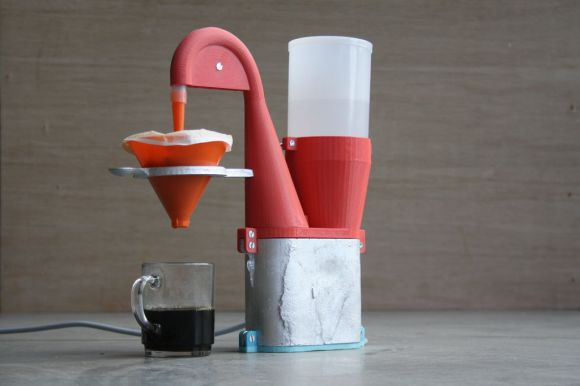 Coffeemaker made from 3D-printed parts and scrap aluminium