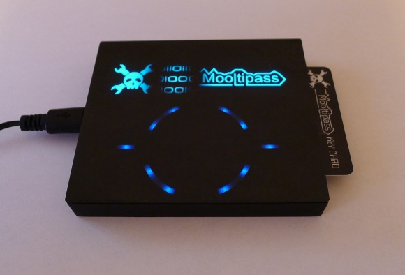Mooltipass final prototype
