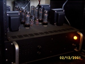 quad power amplifier photo