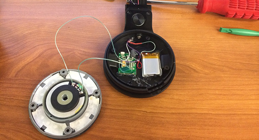 Adding Bluetooth And A Lightning Connector To Beats Pro Headphones Hackaday