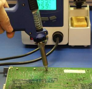 Automatic Desoldering Station utilizes a vacuum to remove solder.