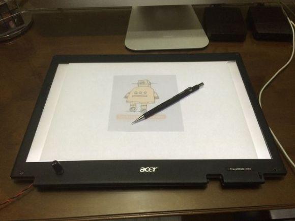 Light table from broken LCD