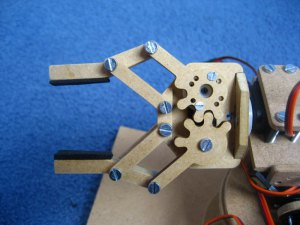 DIY Robot Arm Gripper