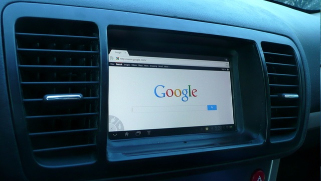 Android Tablet in Car Dash