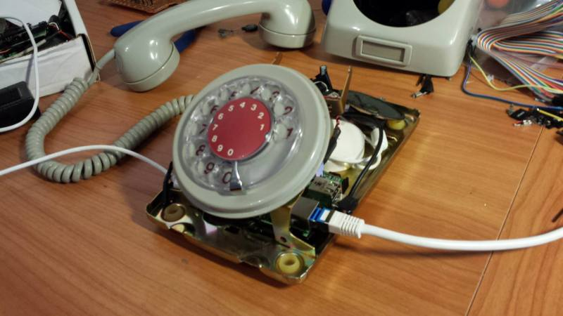 Convert A Rotary Phone To VOIP Using Raspberry Pi | Hackaday