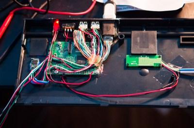 RaspPi2 Keyboard inside