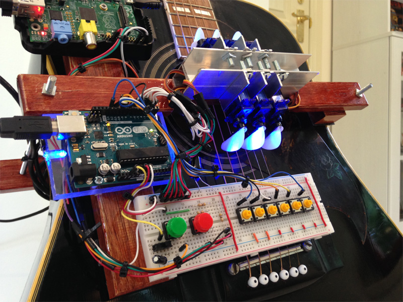 Robot Guitar Rocks Out