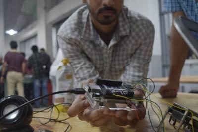 Kumar Abhishek's BeagleLogic