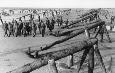Thousands of obstacles built by the Germans along the beaches of Normandy. Image credit: Military History Now