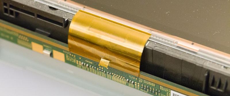 Fixing Broken Monitors By Shining A Flashlight | Hackaday