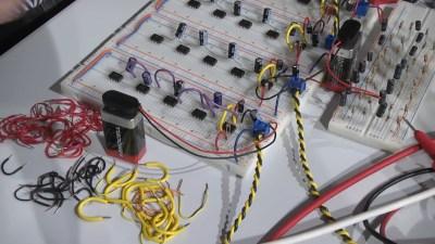 twenty_oscillators-shot0012