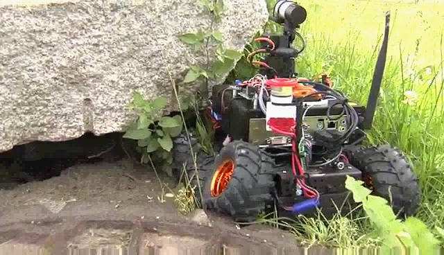 Rud's SRR Rover Trying to Dig Under Block