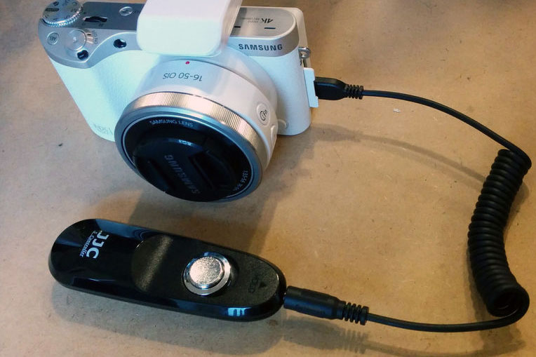 Simple Samsung NX Remote Shutter Release From USB Cable