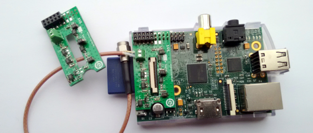 Tiny Raspberry Pi Shield For High-Quality RF Signals | Hackaday