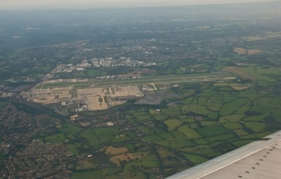 Gatwick airport from the air. Phillip Capper (CC BY 2.0) via Flickr