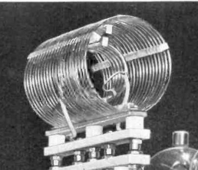 A high power air cored inductor in a radio transmitter. Public domain, via Wikimedia Commons.