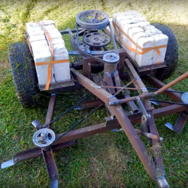 This Motorless Pull-Behind Mower Is Made From Junk | Hackaday