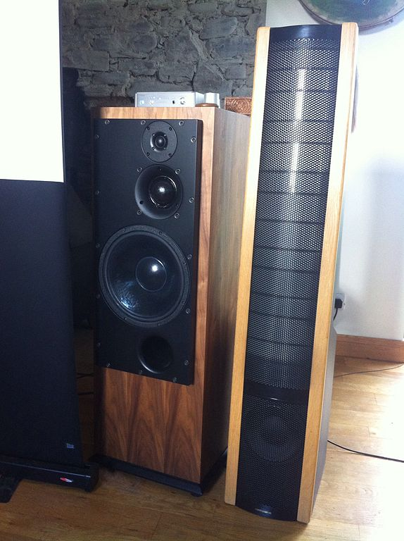 Electrostatic Loudspeakers: High End HiFi You Can Build
