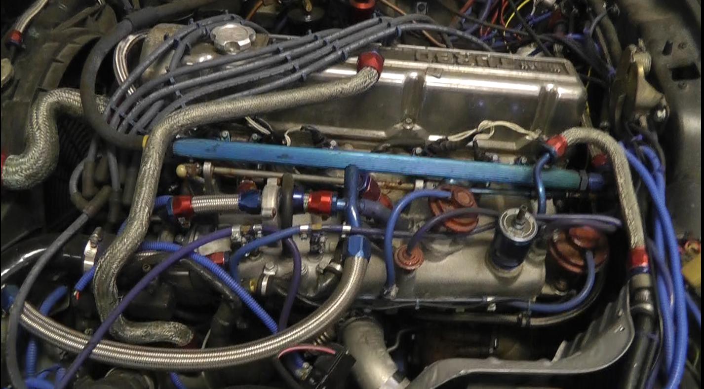1983 datsun 280zx fuel pressure regulator