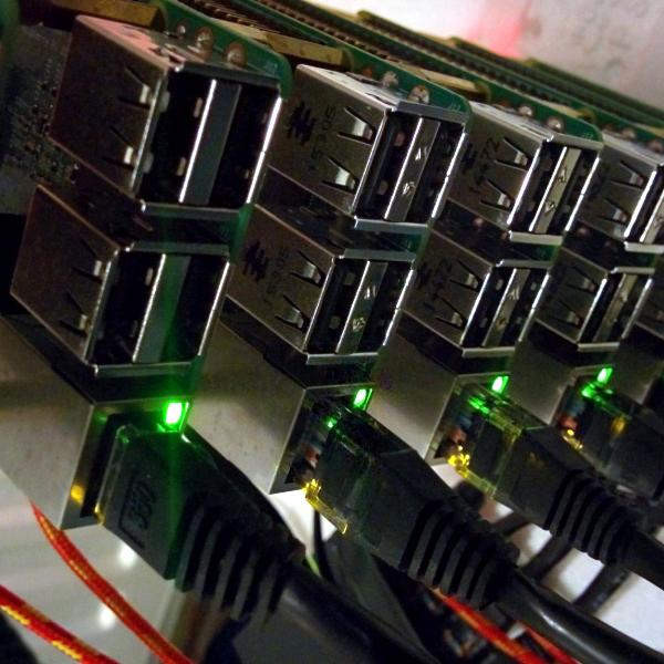 Raspberry Pi Hive Mind | Hackaday