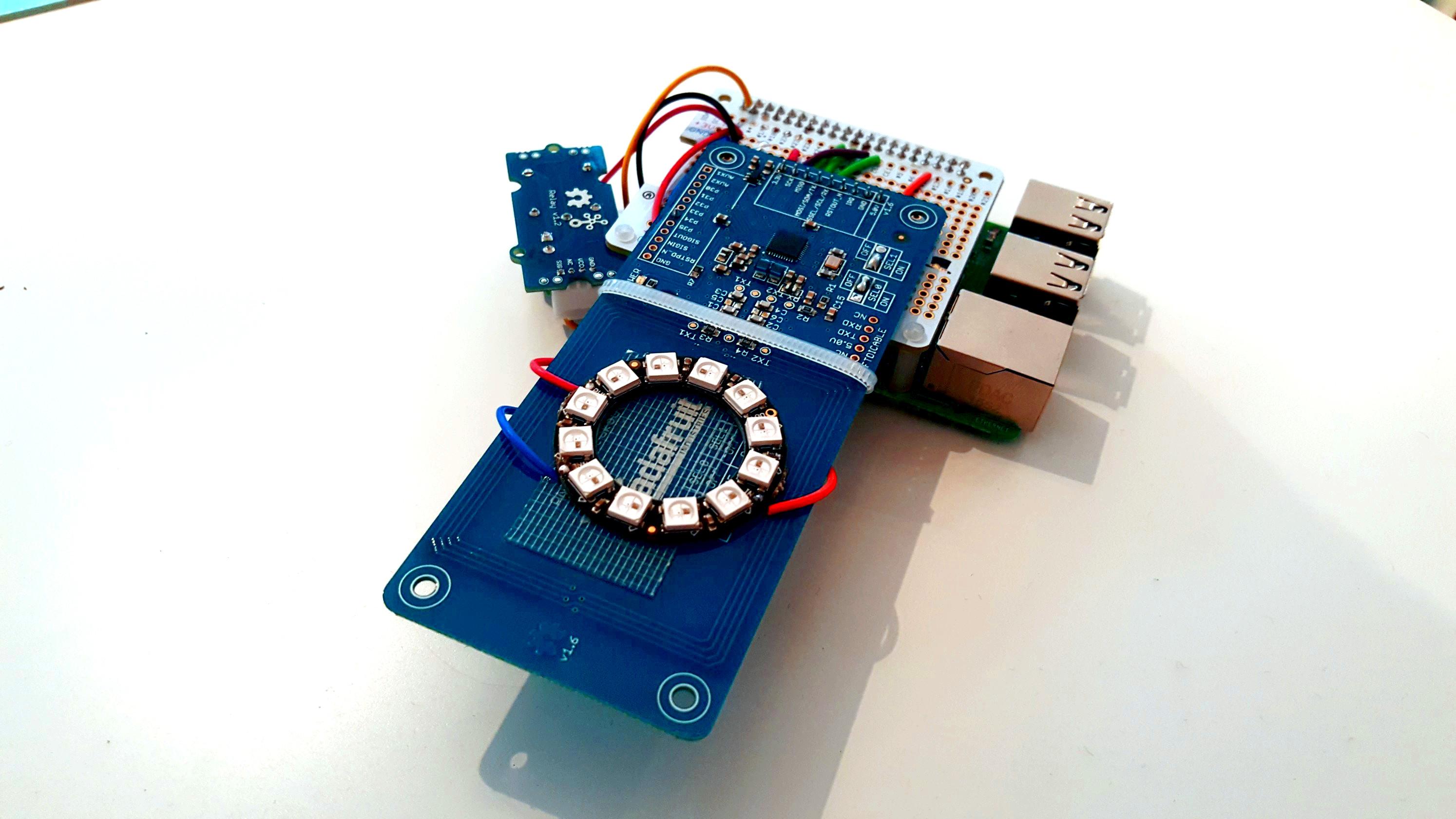 Simple RFID Door Lock System | Hackaday