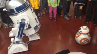 BB-8 visiting R2-D2