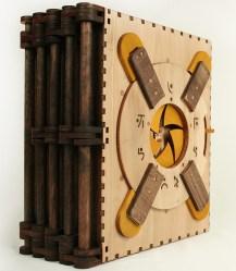 Codex Silenda Upright